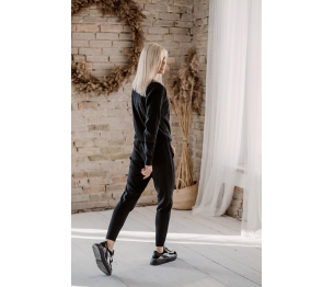 Juodos spalvos megztas laisvalaikio kostiumas L/XL