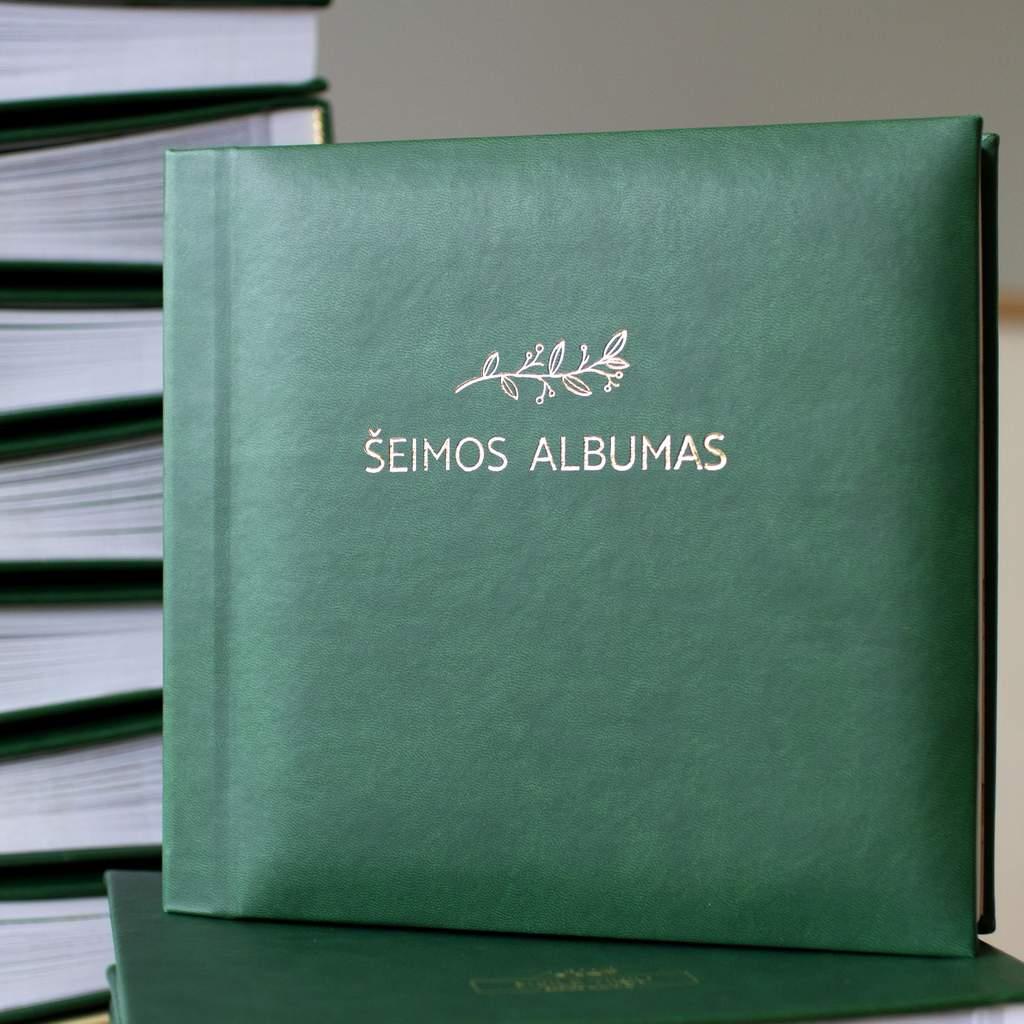 """Šeimos albumas """"Meile tikiu"""", sodriai žalias"""
