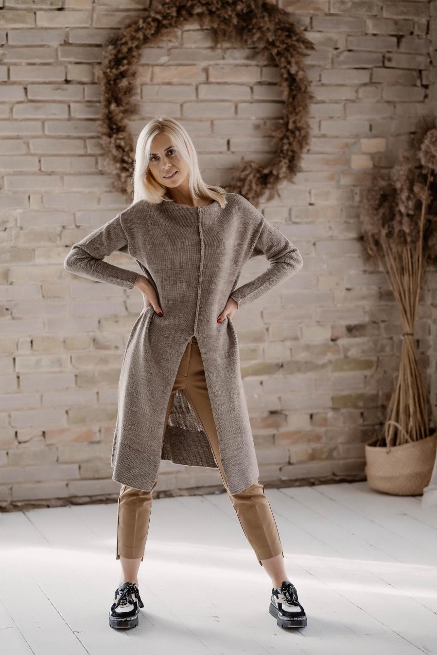 Smėlio spalvos megzta tunika/megztinis S/M dydis