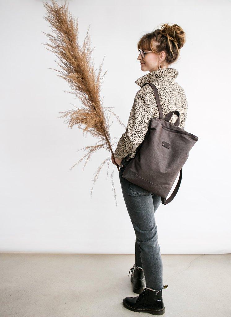 Moteriška ruda džinsinė kuprinė